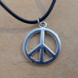 Jewelry - Silver Colored Peace Sign Boho Hippie Necklace